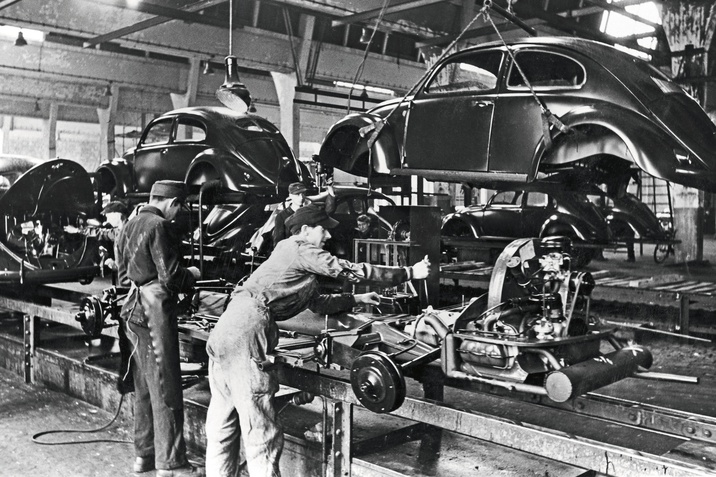 Volkswagen Beetle sorozatgyártása Wolfsburgban